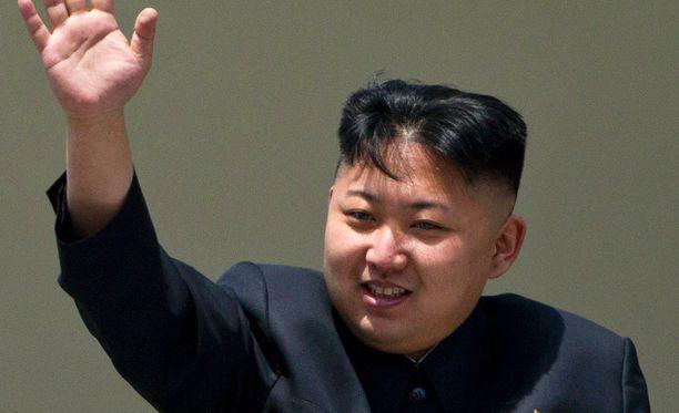 Pohjois-Korean johtaja Kim Jong-Un ilahtui onnistuneesta rakettikokeesta.