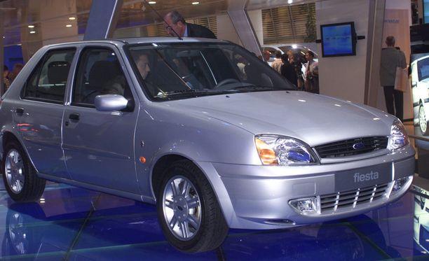 Ford Fiestan vuosimallit 96-02 joutuivat listalle