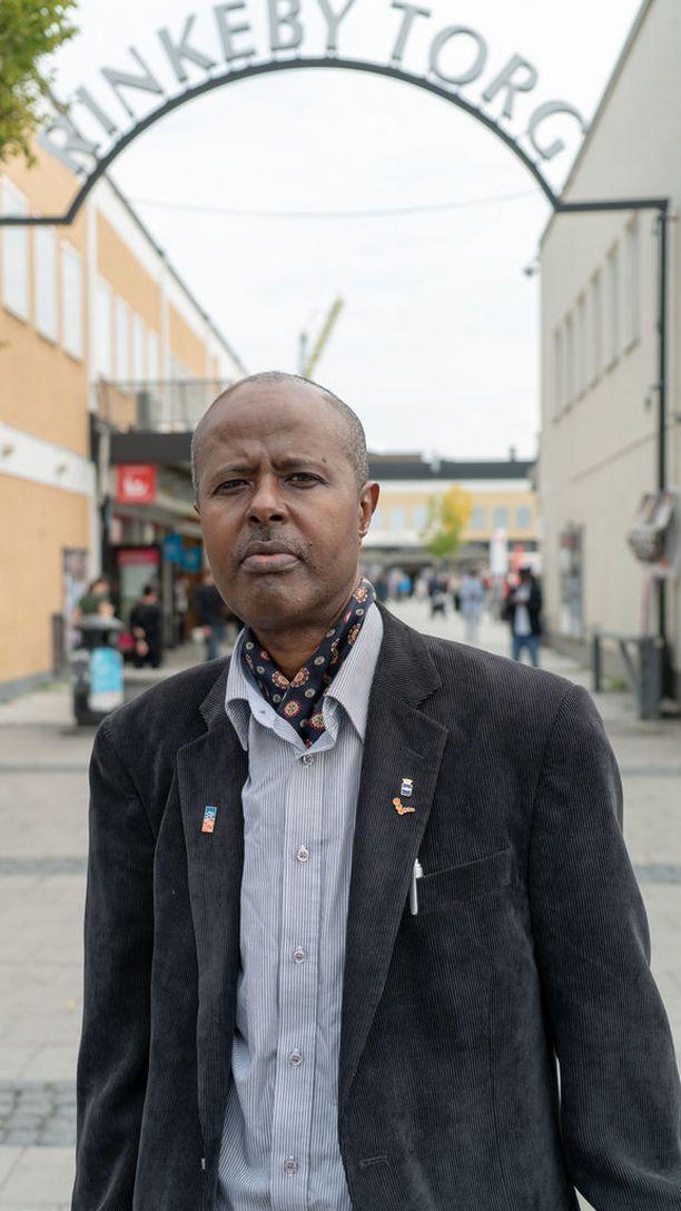 Kahin Ahmedin mukaan hän ei enää koe oloaan kotoisaksi Tukholmassa.