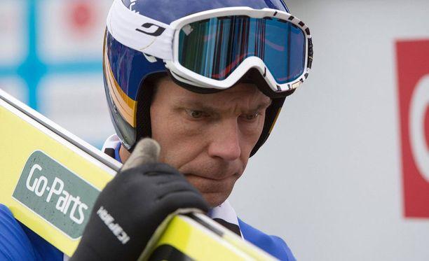 Janne Ahonen jäi karsinnassa sijalle 50.