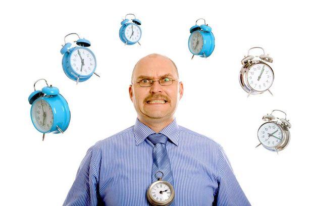 Terveyden kannalta kellojen siirtäminen vuoroin talvi- ja vuoroin kesäaikaan ei ole hyvä juttu.