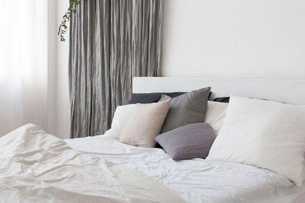 Sänky kannattaa jättää petaamattomaksi.
