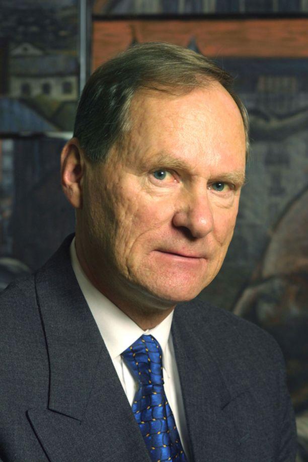 Timo P. Nieminen haluaisi jatkaa virassaan.