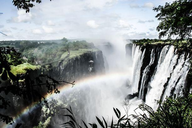 Suomalaisturisteja kuljettanut pienkone oli tiettävästi matkalla Victorian putouksille Zimbabwen ja Sambian rajalle.