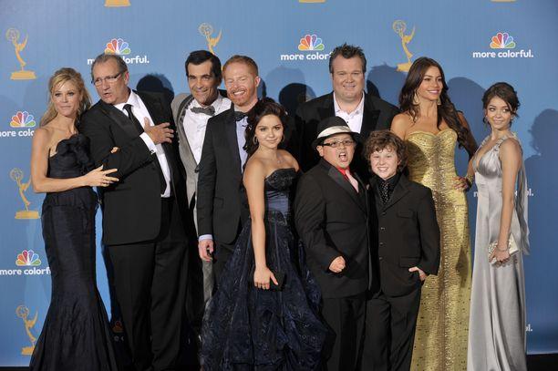 Moderni perhe -sarjan näyttelijäkaarti on saanut useita palkintoja.