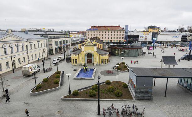 Äiti ja lapsi pelastettiin viime hetkellä tulipalosta Kuopiossa. Kuvituskuva on Kuopion keskustasta.