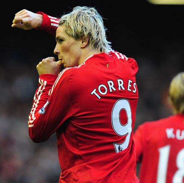 Fernando Torres tuulettaa 1-0-osumaansa.