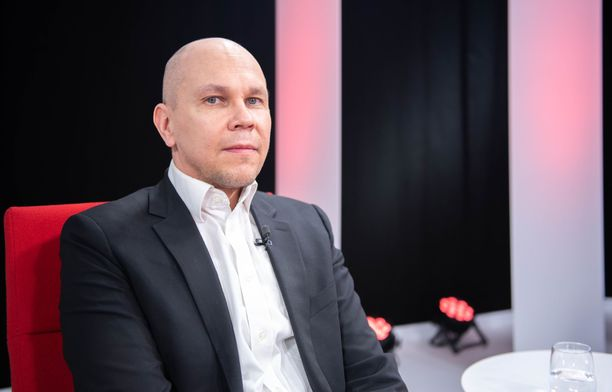 Rokotetutkimuskeskuksen johtaja Mika Rämetin mukaan koronavirukseen liittyvä virheellinen tieto hankaloittaa rokotekattavuuden kasvattamista.