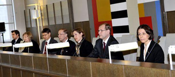 Korkein hallinto-oikeus kokoontui perjantaina pohtimaan ns. Tiitisen listaa.