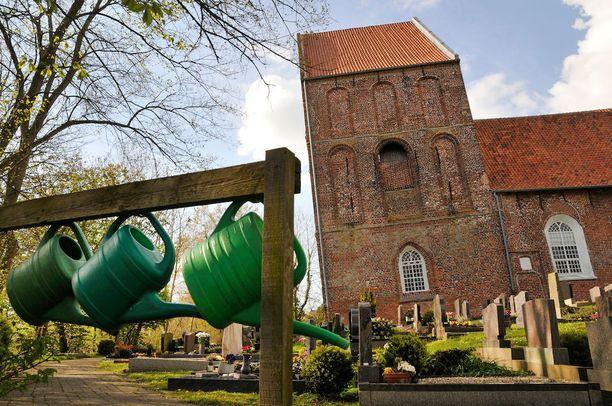 Saksan vino torni rakennettiin keskiajalla, ja se seisoi suorassa aina 1800-luvulle asti.