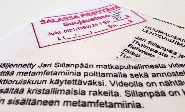 Poliisi on salannut merkittävän osan Jari Sillanpäähän liittyvän vyyhdin esitutkinnasta.
