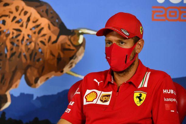Sebastian Vettel vaihtaa punaisen univormunsa pois joka tapauksessa tämän vuoden jälkeen.