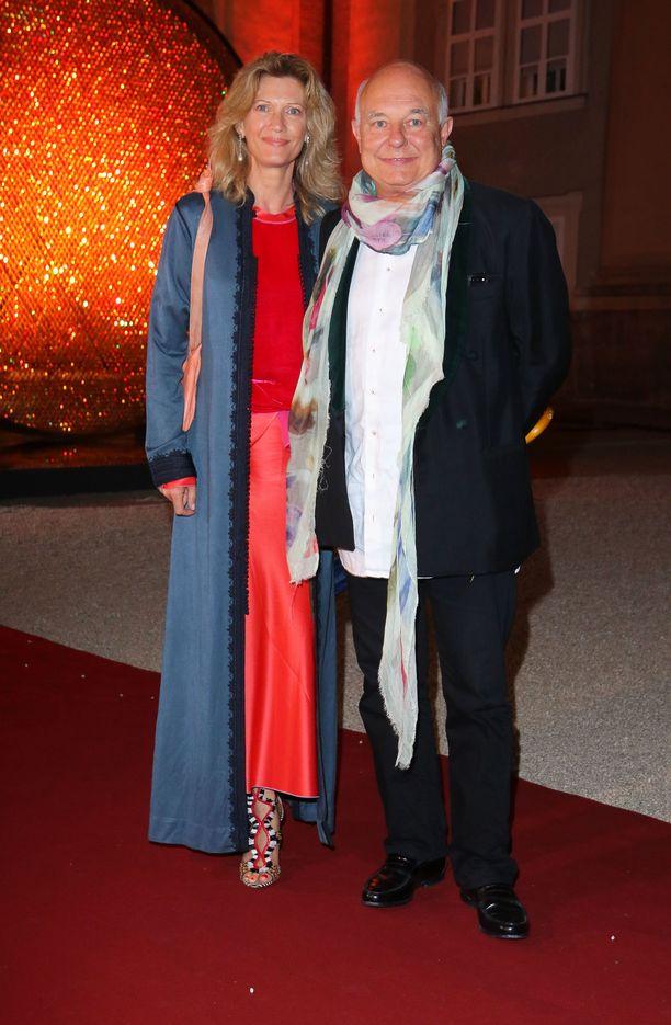 Mafalda von Hessen ja hänen nykyinen miesystävänsä Rolf Sachs kuvattuna gaalaillassa vuonna 2017.
