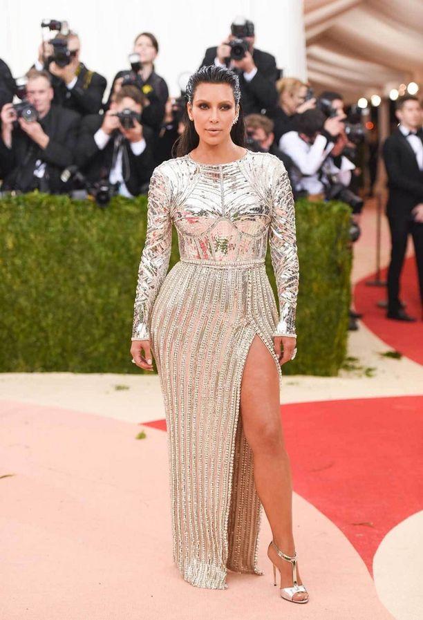 Kim Kardashian Met-gaalassa 2016.