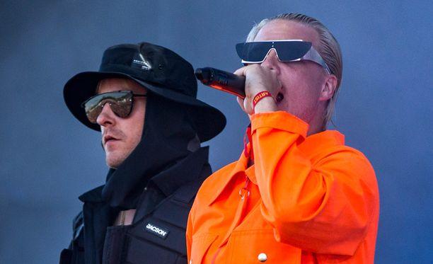 JVG esiintyi Matin ja Tepon kotikaupungissa heinäkuussa Ruisrockin yhteydessä.