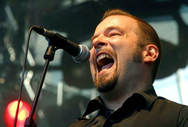 A. W. Yrjänä esiintyi CMX:n kanssa Tammerfestissa vuonna 2004.