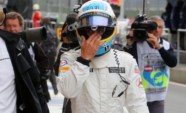 Fernando Alonso ei kadu siirtoaan McLarenille.