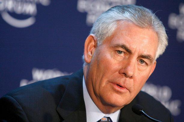 Rex Tillersonista saattaa tulla USA:n seuraava ulkoministeri. Senaattoreita hänen taustansa epäilyttää.