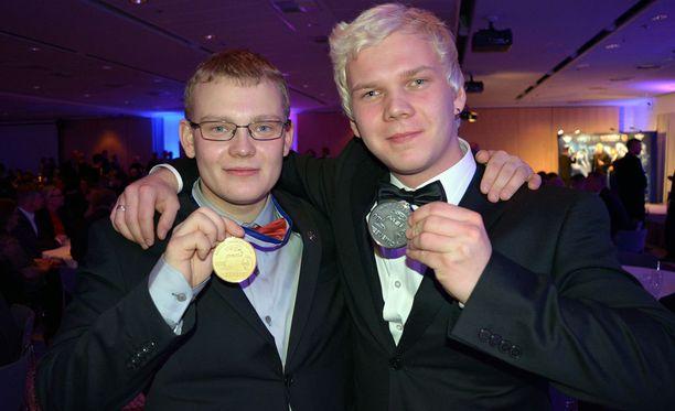 Aki-Pekka Mustonen (vas.) ja Jesse Mustonen kokivat kauhunhetkiä Ranskassa. Viime vuonna veljekset saavuttivat maaradan PM-kultaa ja -hopeaa.