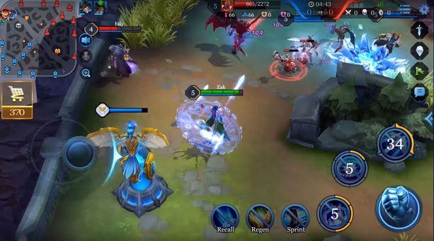 Pelissä on kaksi vastakkain pelaavaa viiden hengen joukkuetta, jotka taistelevat vastakkain reaaliajassa.