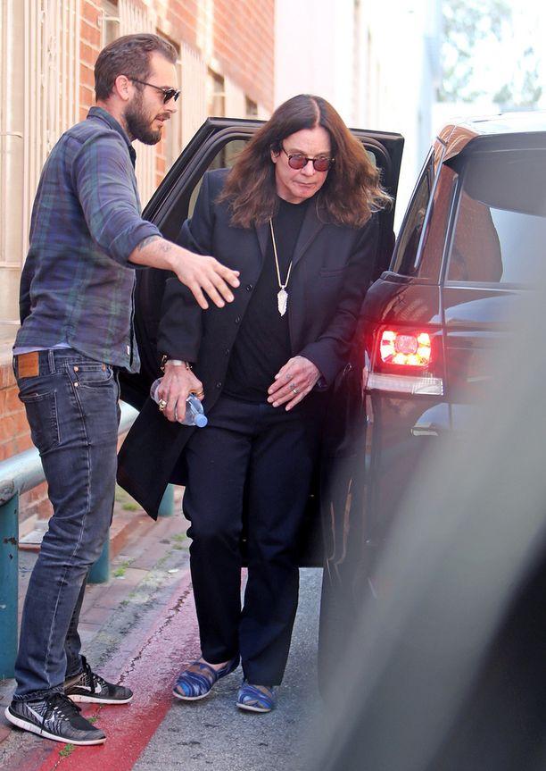 Ozzy Osbourne nähtiin keskiviikkona Beverly Hillsissä.