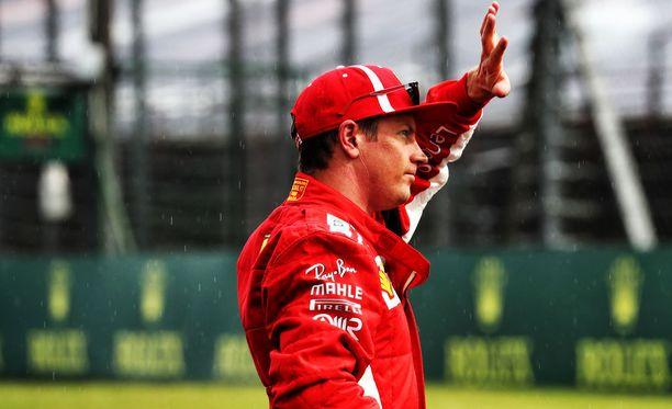 Kimi Räikkönen ajoi kolmanteen lähtöruutuun Unkarissa.