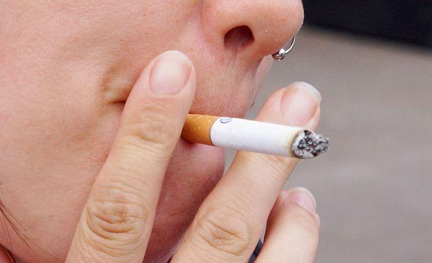 Vieremän koululla oppilaille sallitaan nikotiinipurukumi.