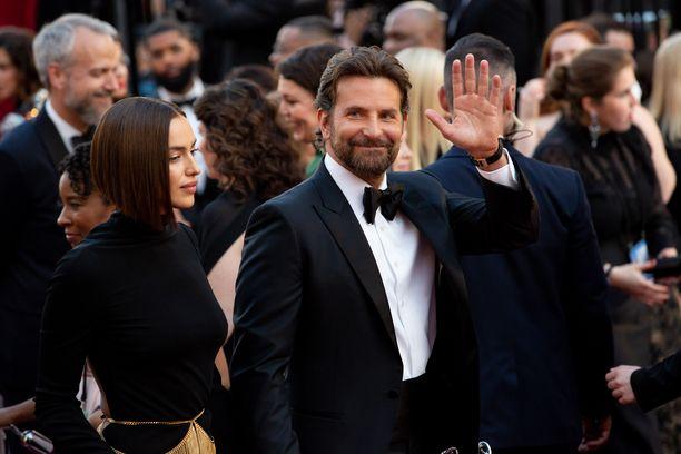 Sanooko Bradley Cooper heipat huippumallirakkaalleen?