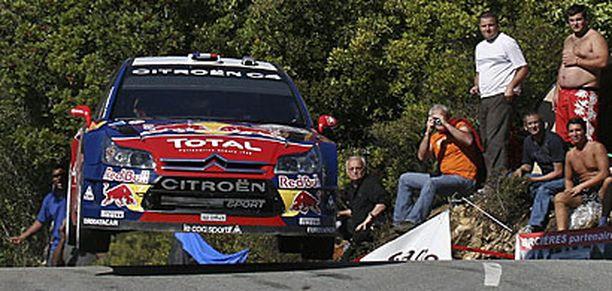Loeb johtaa Hirvosta 41,7 sekunnila yhdeksän erikoiskokeen jälkeen.