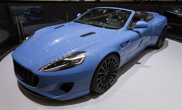 Viime vuonna Geneven autonäyttelyssä esiteltiin Khanin tuunaama Vengeance Volante, joka on rakennettu Aston Martinista.