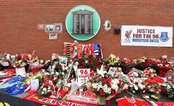 Liverpoolissa ei ole unohdettu tragedian uhreja.