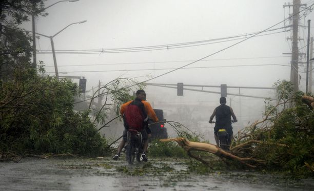 Puerto Ricon sähköverkko oli verrattain vanha eikä se selvinnyt hurrikaanista.