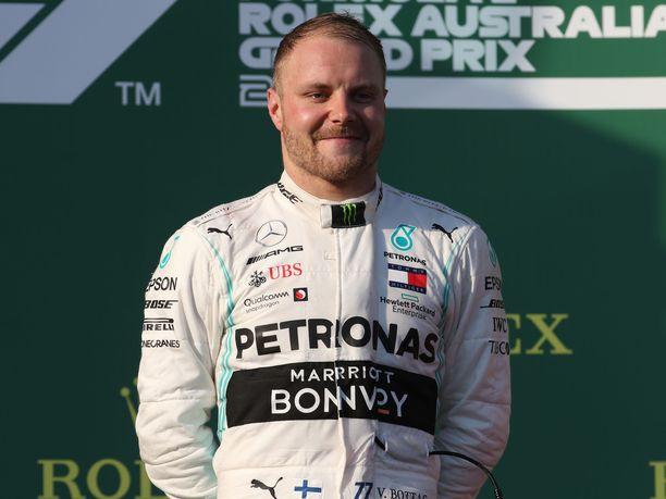 Valtteri Bottas oli yhtä hymyä Australian GP:n jälkeen.