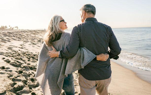 Eläkkeellä on aikaa nauttia elämästä, mutta aika vaihtelee maittain.
