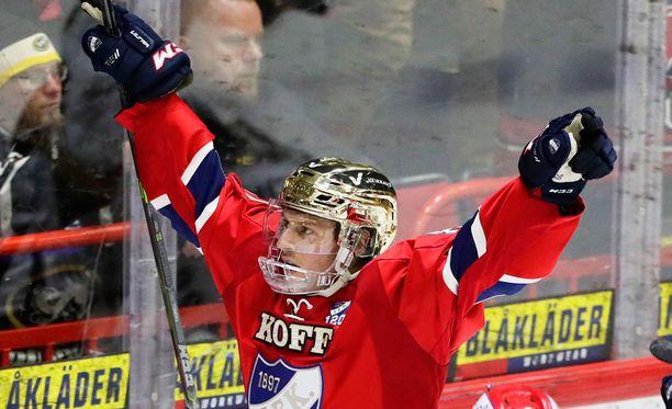 Erik Thorell iski HIFK:n avausmaalin.