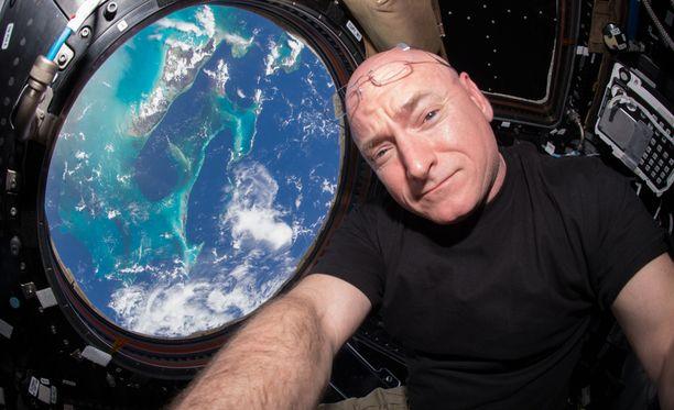 Scott Kelly on pisimpään avaruudessa ollut astronautti.