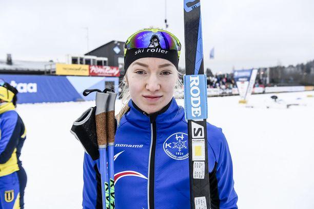 Anita Korva hiihtää upeita MM-kisoja.