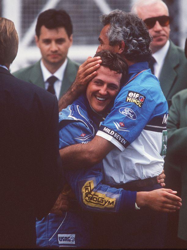 Schumacher ajoi ensimmäisen 68 paalupaikastaan vuoden 1994 Monacon GP:ssä.