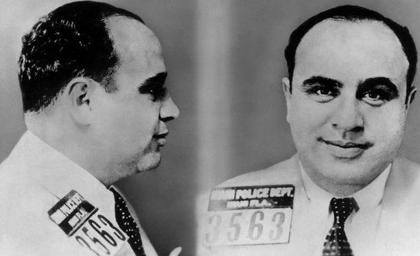 Al Caponelle langetettiin 11 vuoden vankeusrangaistus rikoksesta, josta yleensä tuli 1,5-2 vuoden tuomioita.