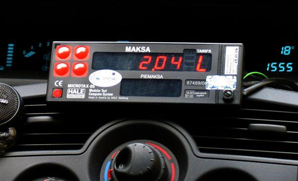 Liikenne- ja viestintäministeriön lakiluonnos paljastaa, että jopa taksamittarit saattavat kadota takseista lakimuutosten myötä.
