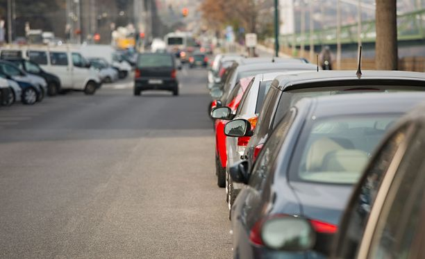 Kanadalaiskeksintö helpottaisi kadun varteen pysäköimistä.