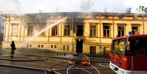 Tuli tuhosi Turun keskustassa suuren vanhan puutalon sisustan täydellisesti torstai-iltana.