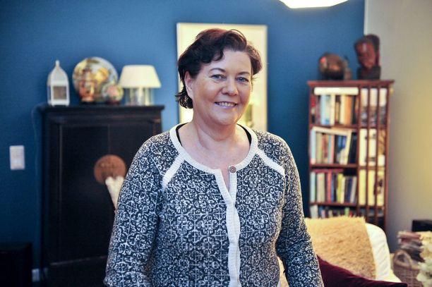 Keskustan kansanedustaja Aila Paloniemi ei ole tyytyväinen eduskunnan sosiaali- ja terveysvaliokunnan työskentelyyn.