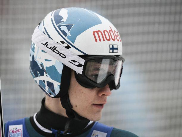 Antti Aalto selvisi viimeisenä hyppääjänä toiselle kierrokselle.