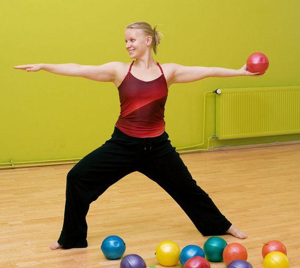ChiBall-tunneilla stimuloidaan kehon energiakanavia.