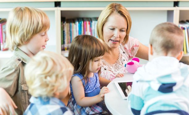 Lasten tulee osallistua sukupuolikasvatukseen päiväkodissa ja peruskoulun alaluokilla, mikäli sellaista on tarjolla.