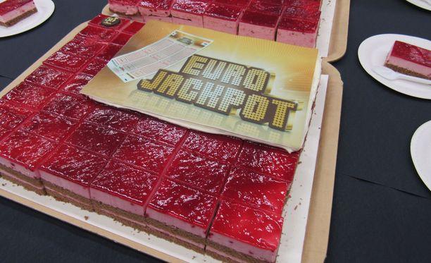 Tampereella juhlittiin 87 miljoonan euron Eurojackpot-voittoa keväällä 2017.