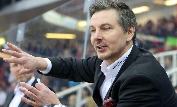 Tero Lehterä on tehnyt debyyttikaudellaan päävalmentajana hienoa työtä nostamalla SaiPan viime kauden jumbosijalta playoff-joukkueeksi.