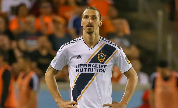 Zlatan Ibrahimovicin käytös ei miellytä kaikkia vastapelaajia.