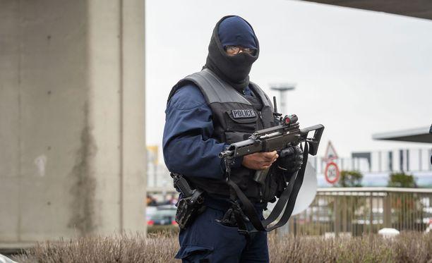 Ranskan terrorismin vastainen poliisi arkistokuvassa.